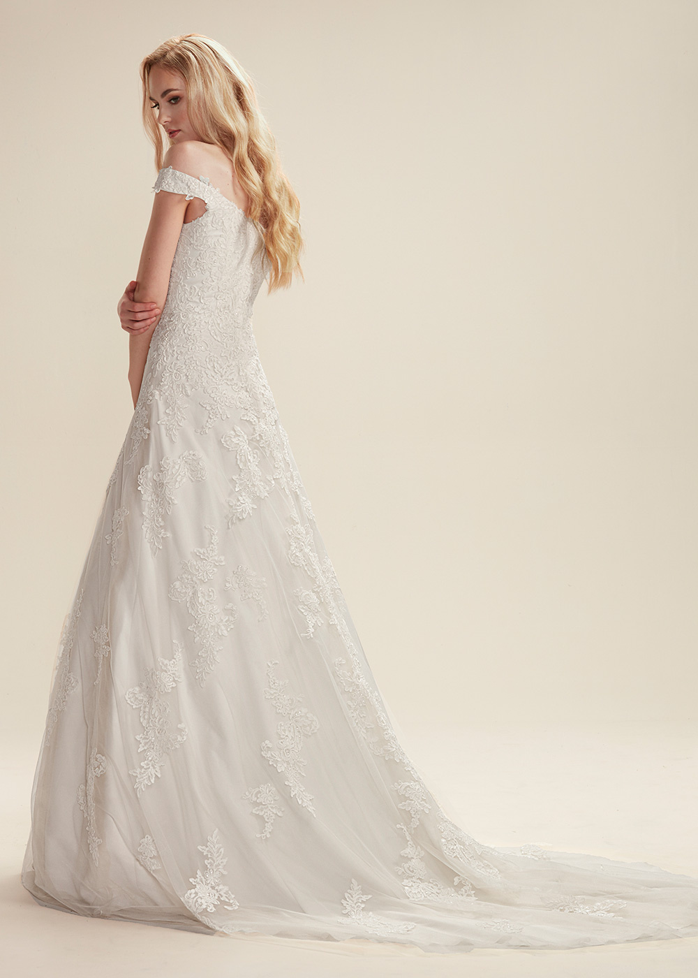 TH-Aaliyah TH Wedding Dresses By Ashdon