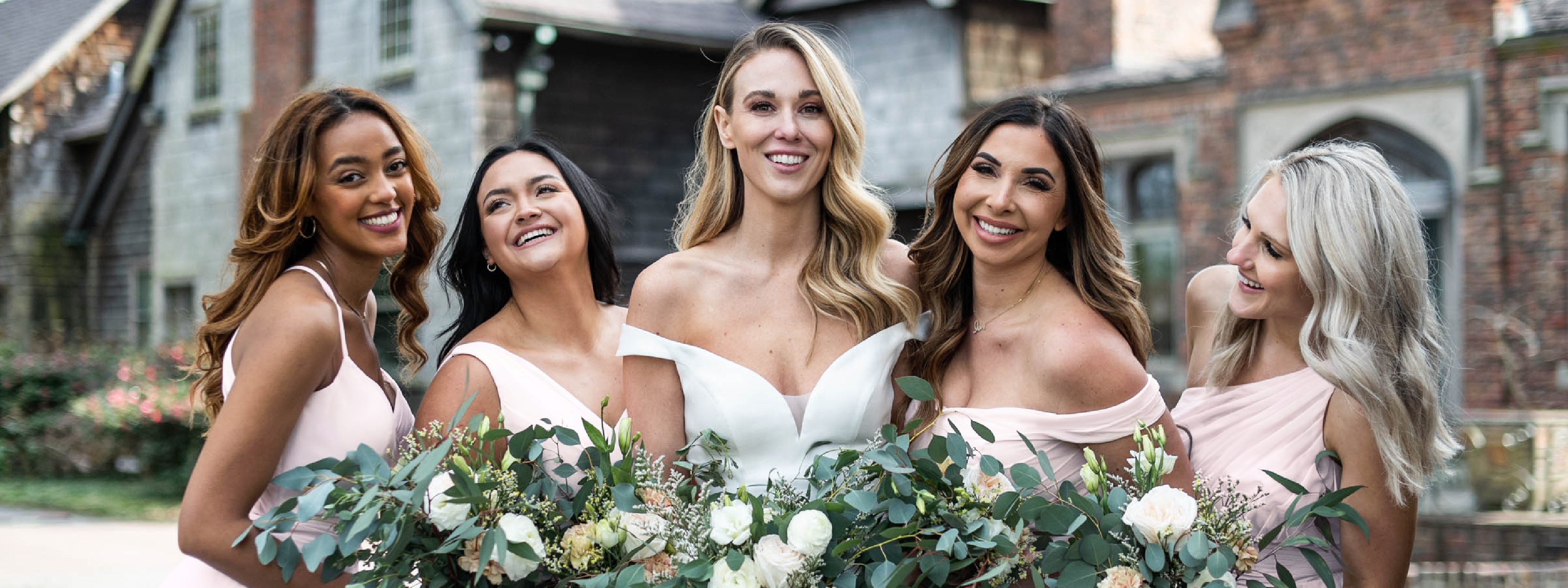 What is a Micro Wedding and Should You Have One?